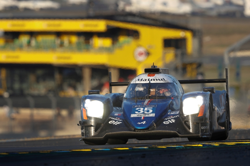 Alpine A470s fight right to the bitter end in epic Le Mans race
